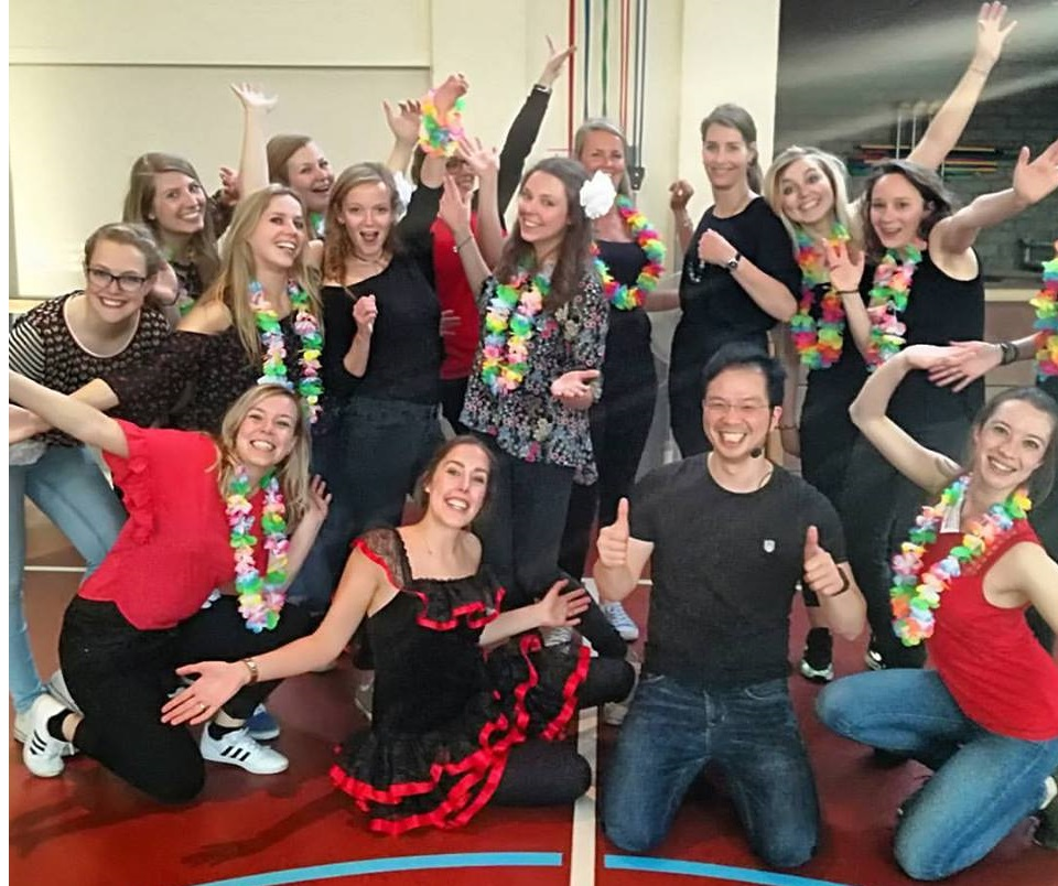 Salsa workshop vrijgezellenfeest
